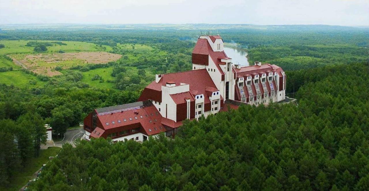 quat-rosenberg-President-Hotel